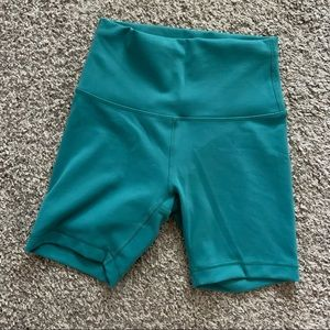 "teal lagoon wunder under biker shorts 6"" length"